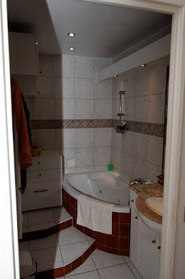 Salles de bain maison vendre saint aun s for Chambre 14m2
