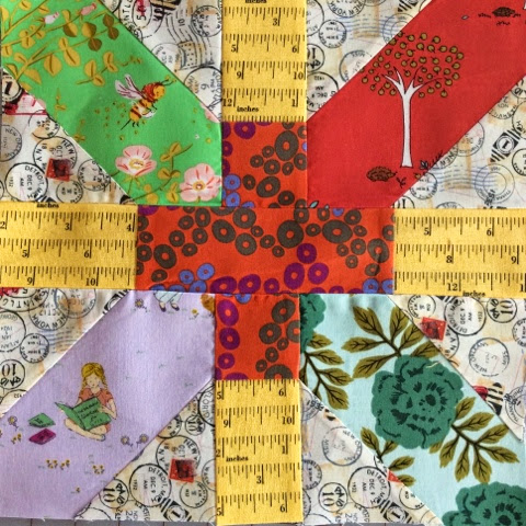 X and Plus quilt bee block