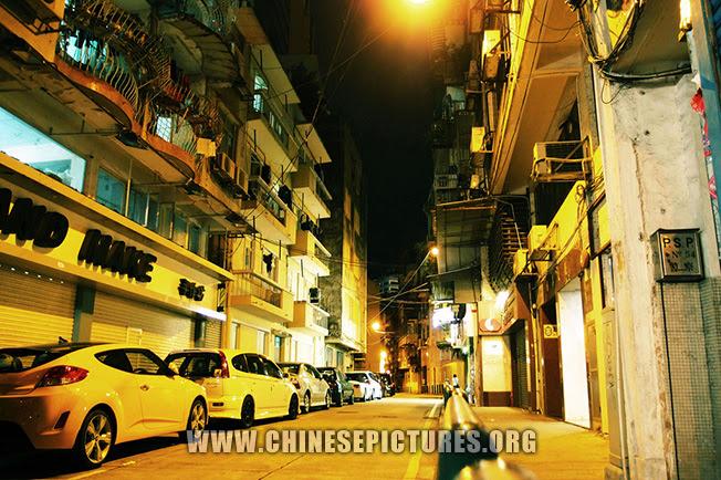 Macau Night Photo: Quiet Street