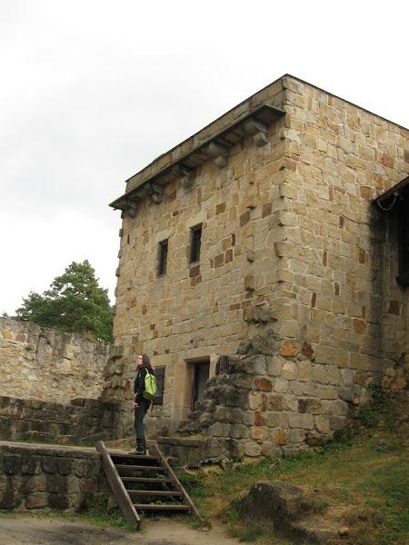 zamek kamieniec - wejście do muzeum