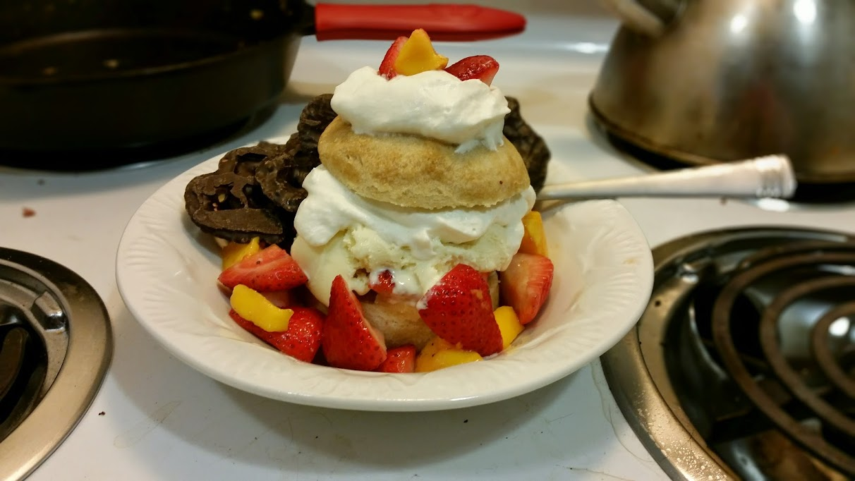 strawberry mango shortcake