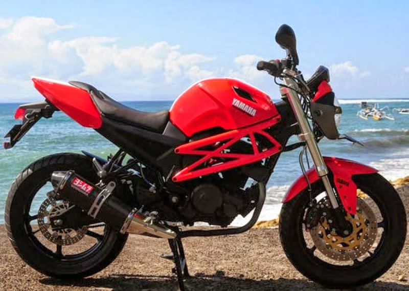 Yamaha Byson Modifikasi Ducati Monster