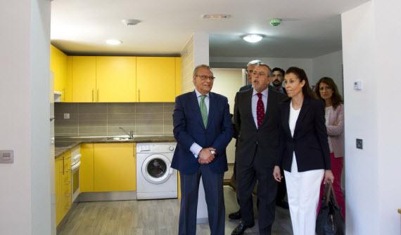 40 nuevos pisos tutelados para 45 personas mayores en Vallecas