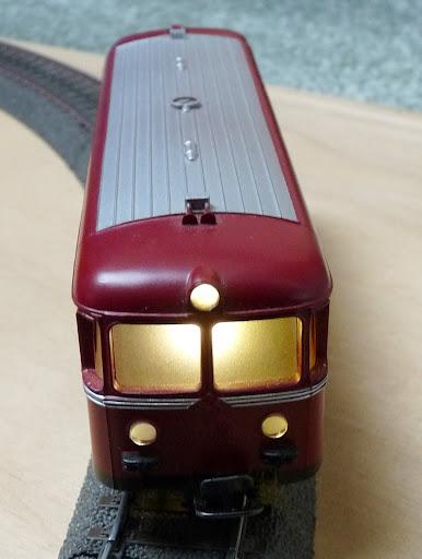 Schienenbus met led verlichting