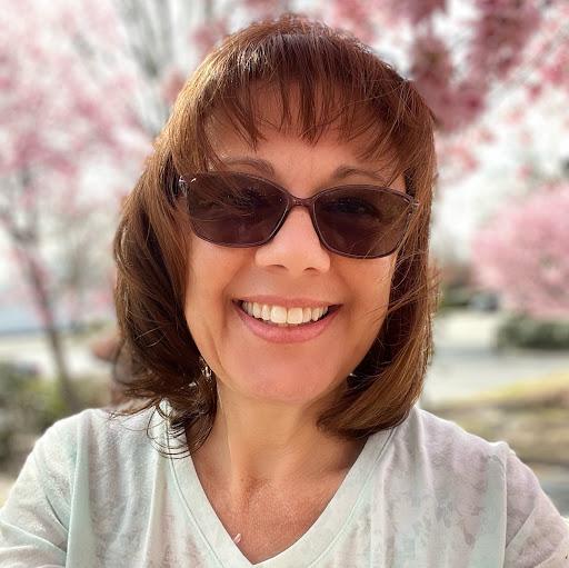 Susan Ayers Photo 34