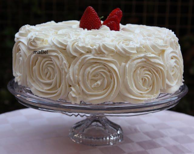 Decorar Una Tarta Con Rosas Pasteles De Colores