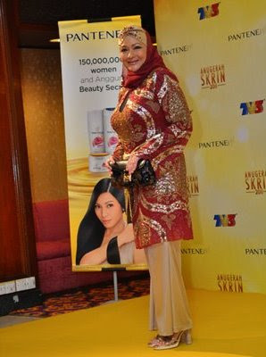 red carpet ask 2011 zila jalil