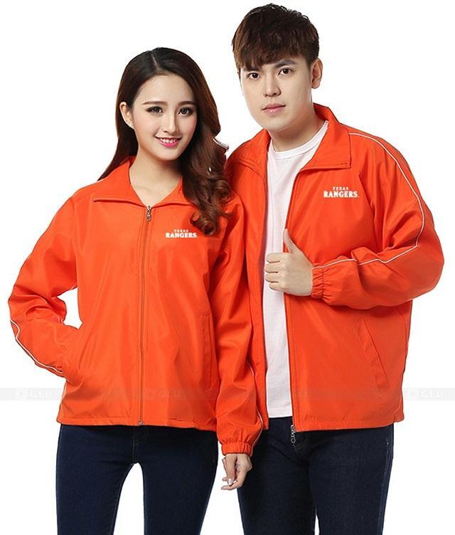 áo khoác gió màu cam