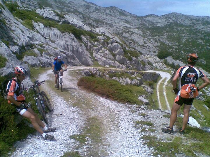 Vuelta al macizo oriental Picos de Europa - Domingo 22 15072011%2528031%2529