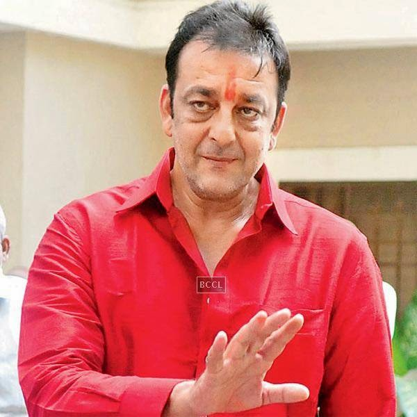 Sanjay Dutt, now in jail, has lashed out against media photographers on multiple occasions. Reportedly, at his own party, Sanju baba got angry on a reporter and tried to even take away his camera.