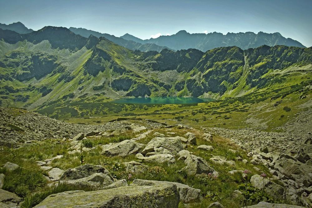 Szlak na Kozią Przełęcz z Doliny Pięciu Stawów