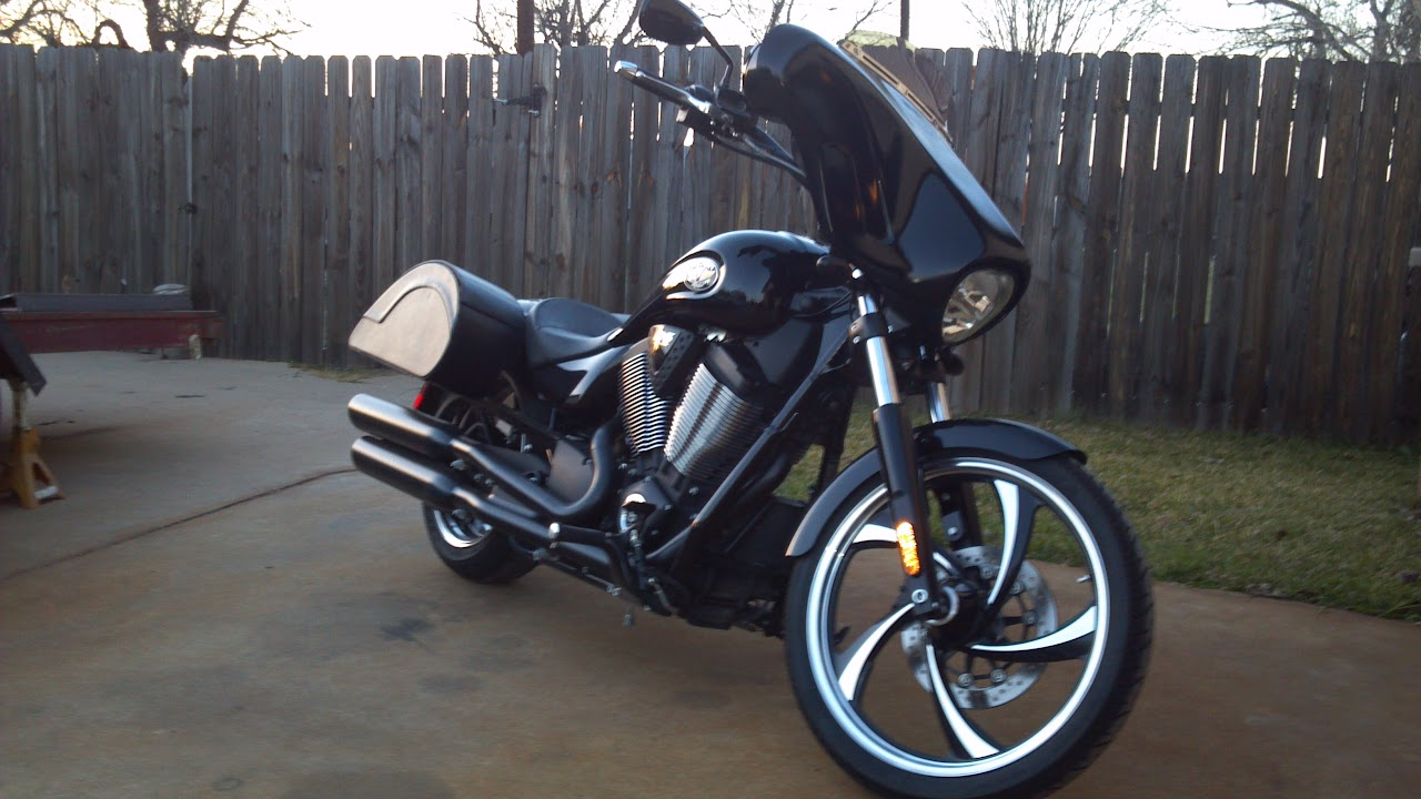 My new batwing fairing and saddlebags - Victory Forums - Victory Motorcycle  Forum
