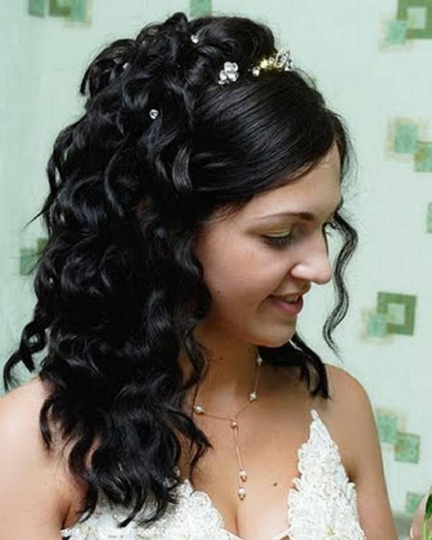 Peinados de novia pelo largo negro