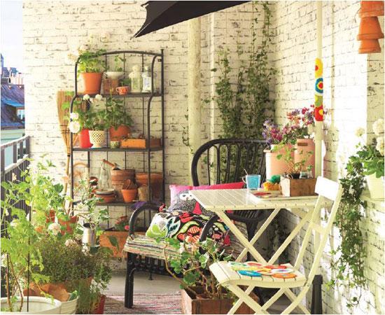 Qu y d nde en el exterior decora decora for Decorar porche ikea