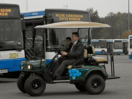 EZGO - wózek golfowy na gaz ziemny (CNG)