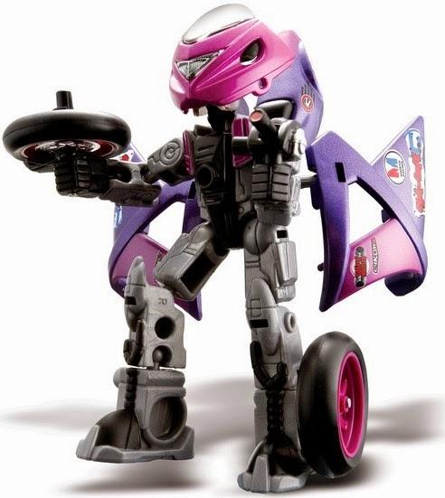 Cyk-One có thể lắp ghép từ mô tô thành các chiến binh Robo