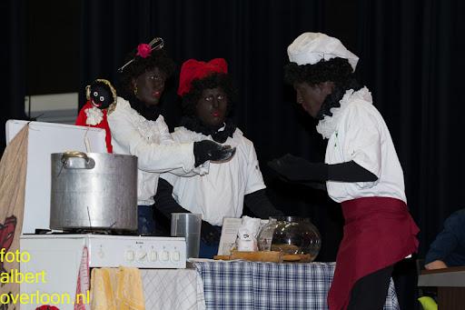 Intocht Sinterklaas overloon 16-11-2014 (58).jpg