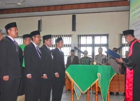 berita terkait pelantikan ketua dan wakil ketua DPRD ngawi