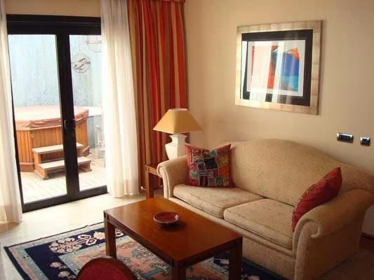 Hotel Villa Vik, Urbanización La Bufona, Calle Hnos Díaz Rijo, 3, 35500, Arrecife, Lanzarote, Las Palmas, Las Palmas, Spain
