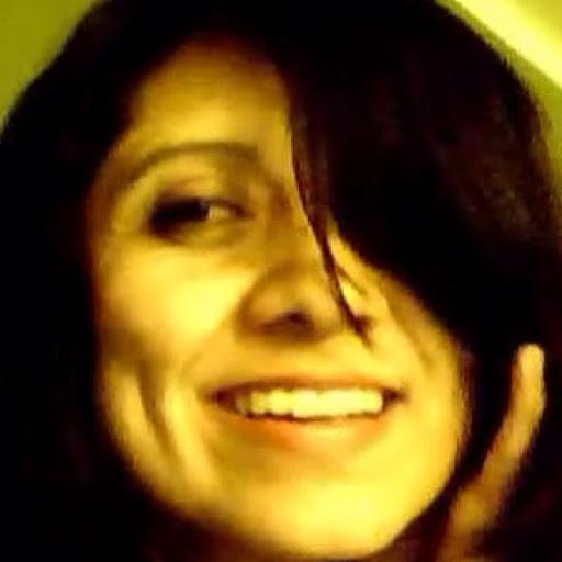 Valerie Flores
