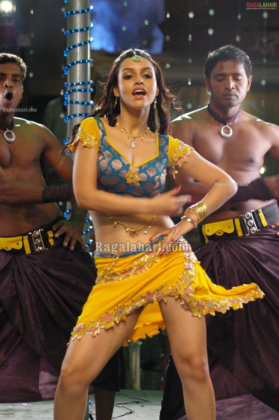 Sonakshi sinha hot - 1 5
