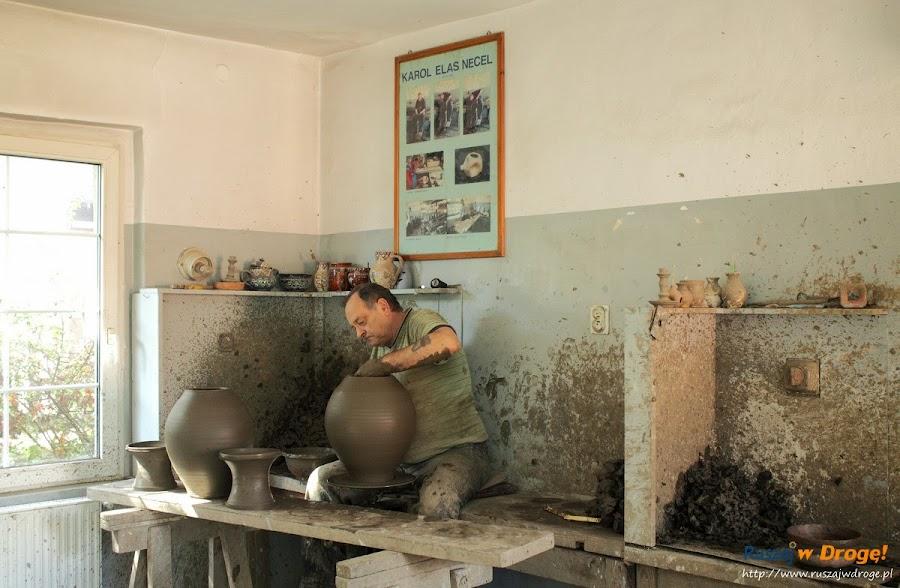 Chmielno - Muzeum Ceramiki Neclów - stanowisko pracy