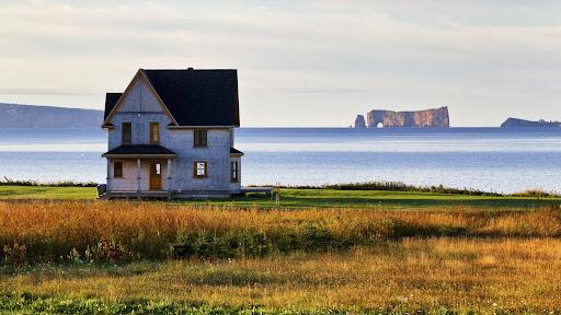 Saint-Georges-de-Malbaie, Gaspe Peninsula, Quebec.jpg