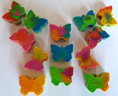 crayons+4 Butterfly Up-Cycled Crayons {Kid Craft} 15