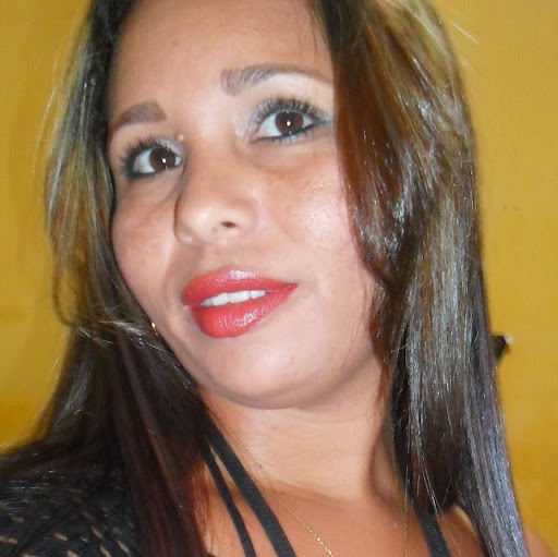 Celia Moreira Photo 22