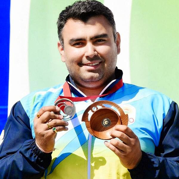 Earlier in the day, Indians Jitu Rai and Gurpal Singh won gold and silver, respectively, in the men's 50-metre pistol finals at the Barry Buddon Shooting Centre.