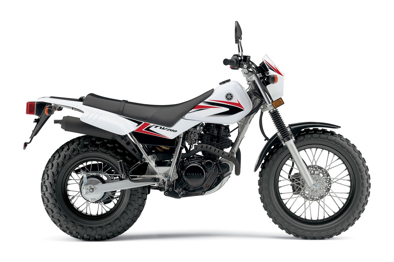 Motorcycle Pictures: Yamaha TW200 - 2011
