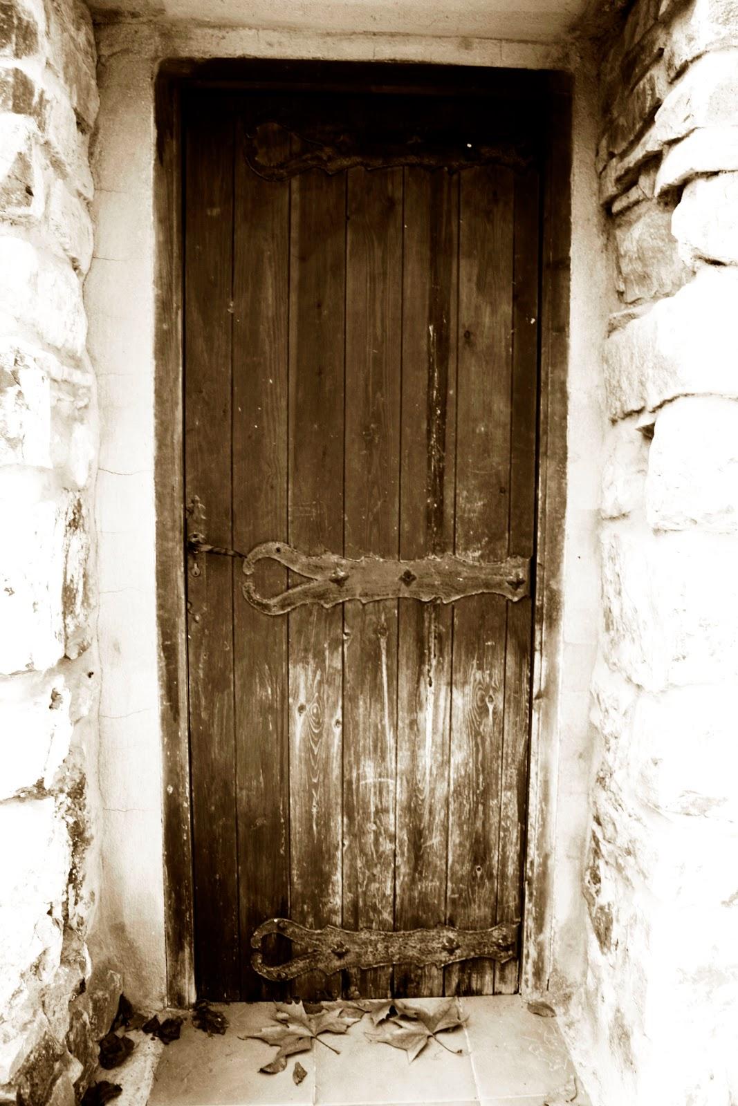 La puerta que nunca se abre viajar con el alma for Puerta que se abre sola