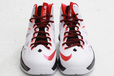 nike lebron 10 gr miami heat home 5 02 Nike LeBron X HOME Arriving at Retailers   New Images
