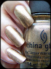 http://astinails.blogspot.fr/2014/03/chez-delaney-with-goldie-but-goodie.html