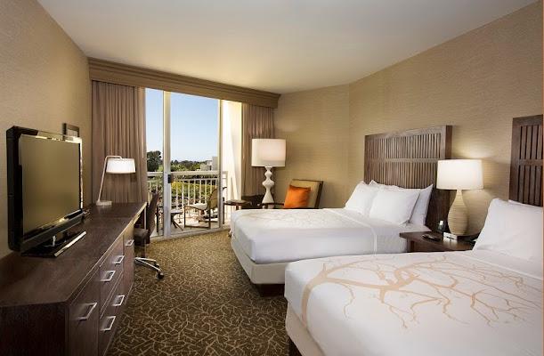Hilton La Jolla Torrey Pines, 10950 North Torrey Pines Road, La Jolla, CA 92037, United States