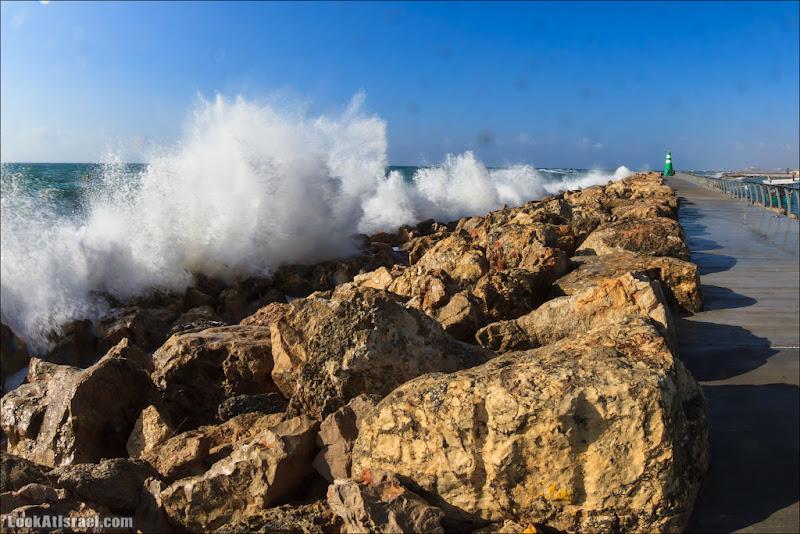Последний выдох господина Пэжэ  (israel  тель авив одно фото моря и океаны  20130327 ta sea spring storm 002 IMG 3283)