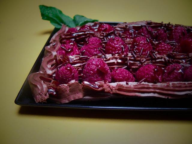 schnelles aber g ttliches schokoladenmousse himbeer dessert veganit ten. Black Bedroom Furniture Sets. Home Design Ideas
