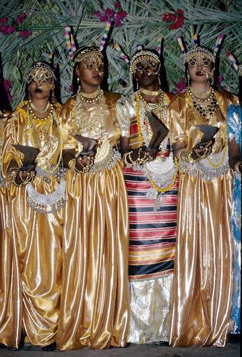 الزواج والافراح فى جيبوتى تتناغم العادات العربية والافريقية (( صور ))Djibouti  011%252520Mariage%252520afars%252520decembre%2525201990