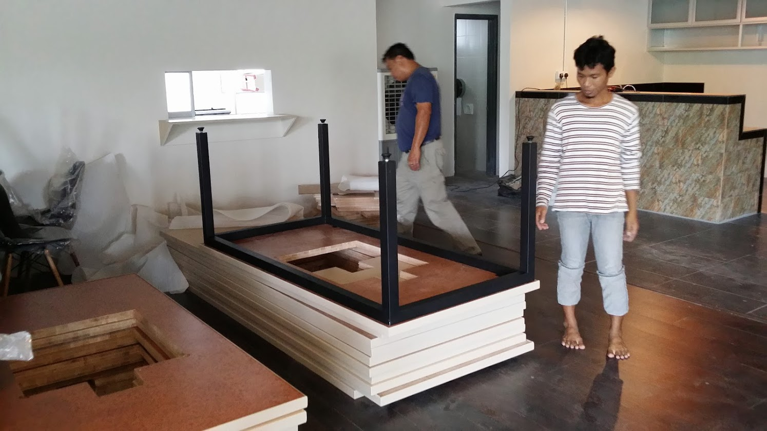 installing of table stand