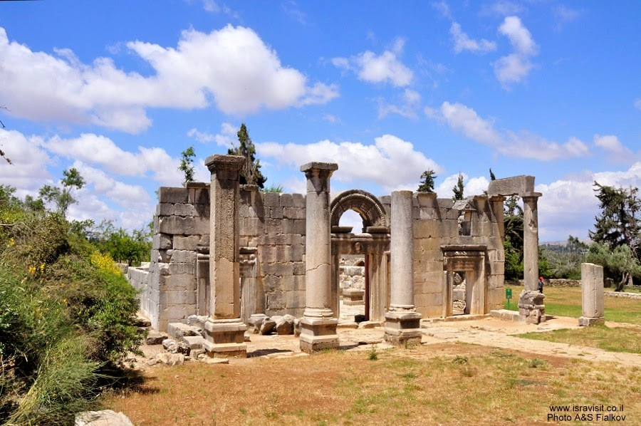 Древняя синагога. Археологический парк Барам. Экскурсия по Верхней Галилее. Гид в Галилее Светлана Фиалкова.