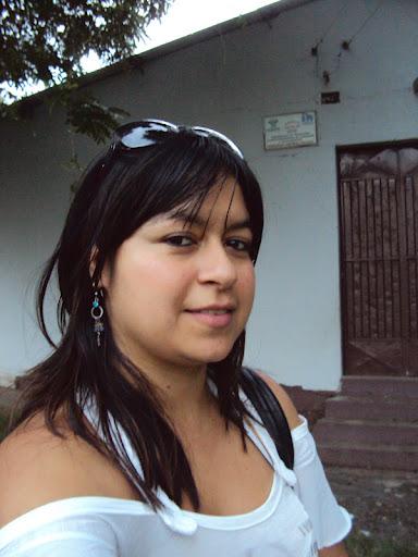 Dalia Meza Photo 15