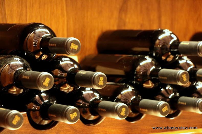 banfi, enoteca banfi, castello banfi, montalcino, brunello di montalcino, brunello di montalcino banfi, sangiovese, vino , vino rosso, red wine, wine tourism, visita cantina, enoteca, wine shop, wine shop montalcino, sarkanvins, монтальчино, вино, вино монтальчино, красное вино, санджовезе, дегустация, винная дегустация, винный туризм, винный туризм тоскана, вино тоскана, тоскана, винодельня тоскана, cantina, toscana, cantina toscana, winery, banfi tuscany, banfi italia, italian wine