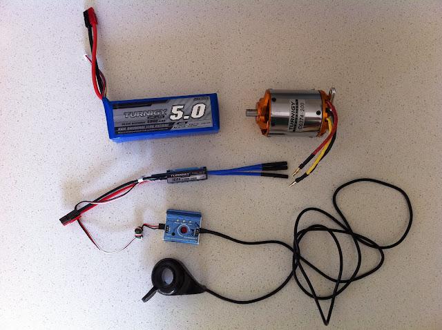 Utilizar un controlador de aeromodelismo y conectar un acelerador de bici IMG_1399