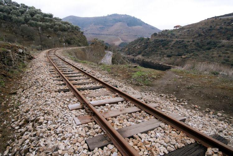 A linha do Douro é tão complexa como as ferrovias dos Alpes
