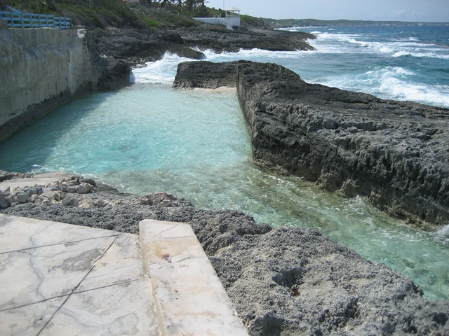 seawater wave pool