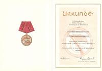 185a Verdienstmedaille der Kampfgruppen der Arbeiterklasse in Bronze www.ddrmedailles.nl