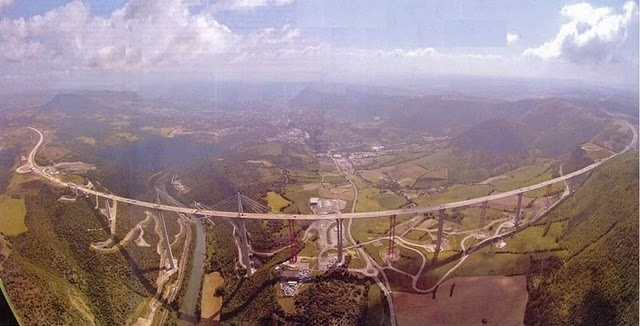 France's Millau Viaduct - World's Tallest Bridge