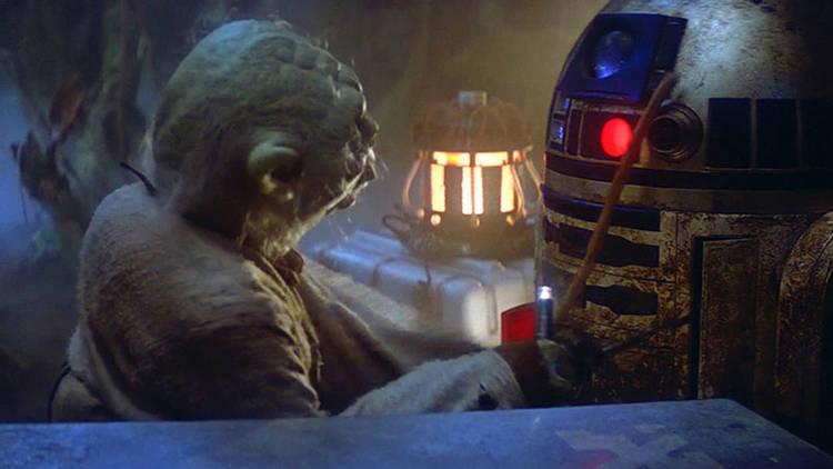 """Yoda y R2D2 en """"La guerra de las galaxias"""""""