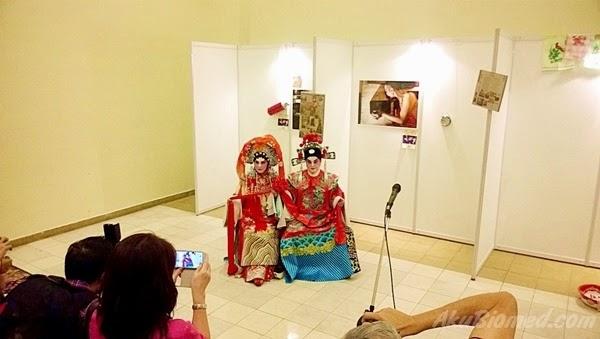 pelakon Opera Cina