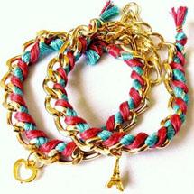 pulseiras de correntes com fitas entrelaçadas